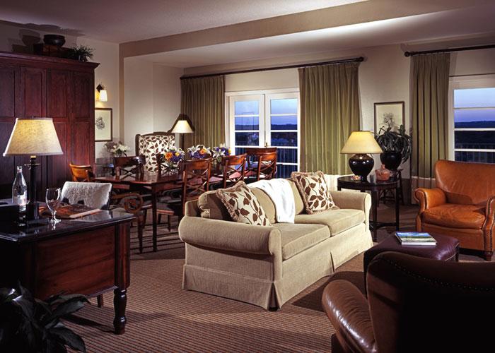 BARTON CREEK Fairway Suite